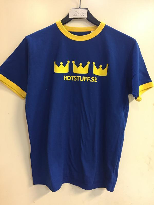 TRE KRONOR  XS/160cl, blue shirt with yellow wristlets and Three Crowns on front and big soccerstyle