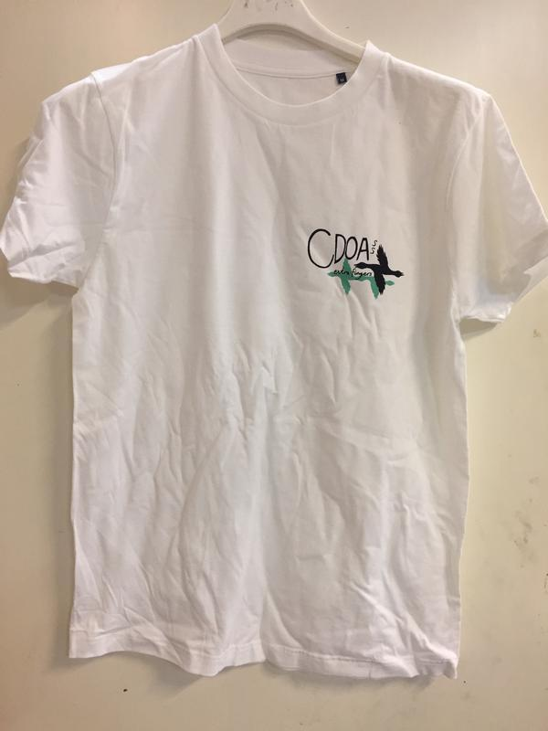 EXTRA FINGERS  XL, White T-shirt with small cool black/green print on front