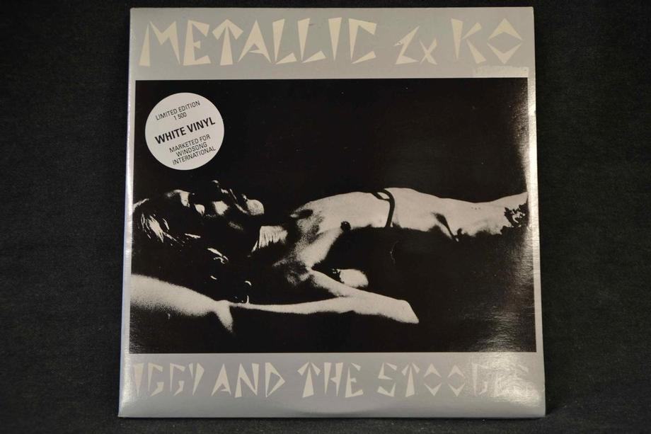 METALLIC 2xKO   French, White Vinyl Lim ed 1500 copies Innersleeve Gatefold Mint