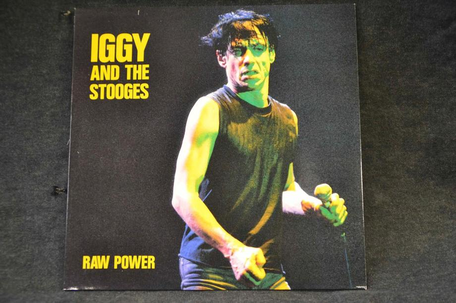 RAW POWER    French 4 songs Pink vinyl Lim ed 3000, M-