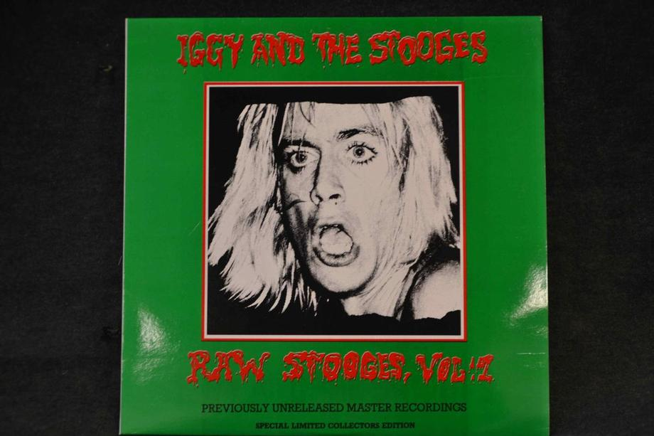 RAW STOOGES VOL 1  Previously unreleased master recordings Mint-