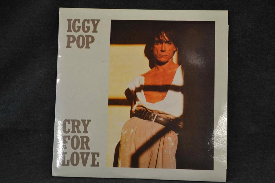 CRY FOR LOVE    Live Utrecht 1986 Mint except one corner of the cover is slightly bumped