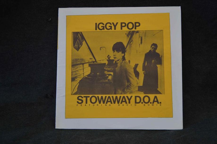 STOWAWAY D.O.A Live Santa Monica 77 + studio 73 Yellow insert sleeve Mint-