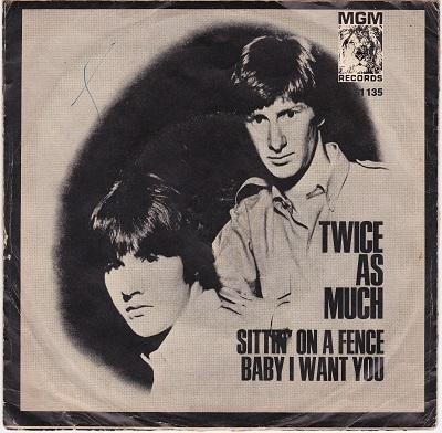 SITTIN' ON A FENCE / Baby I Want You   Dutch/German pressing