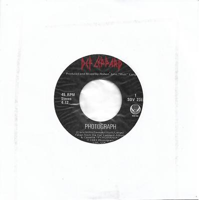 "DEF LEPPARD - PHOTOGRAPH / BRINGIN' ON THE HEARTBREAK Canadian pressing (7"")"