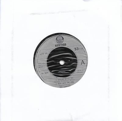 "DEF LEPPARD - GETCHA ROCKS OFF + 2 Plain white sleeve (7"")"
