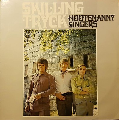 HOOTENANNY SINGERS - SKILLINGTRYCK 1st edition, correct track order on sleeve. Unplayed copy! (LP)